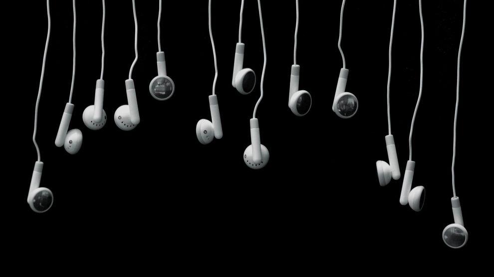 Best Earbuds/Earphones for ASMR